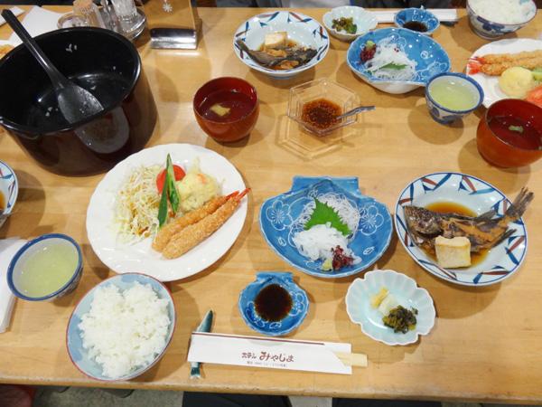 130504_04634現像_ホテルみやじま夕食