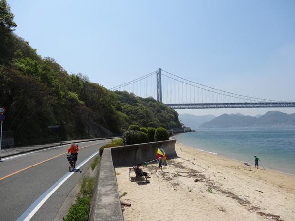 130505_04786現像_海沿い&因島大橋