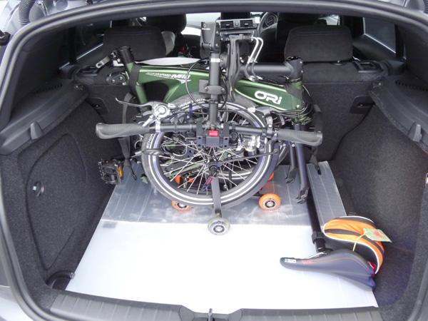 130601_04_オリバイクトランク収納