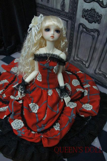 SDGrウナ 真紅ドレス1