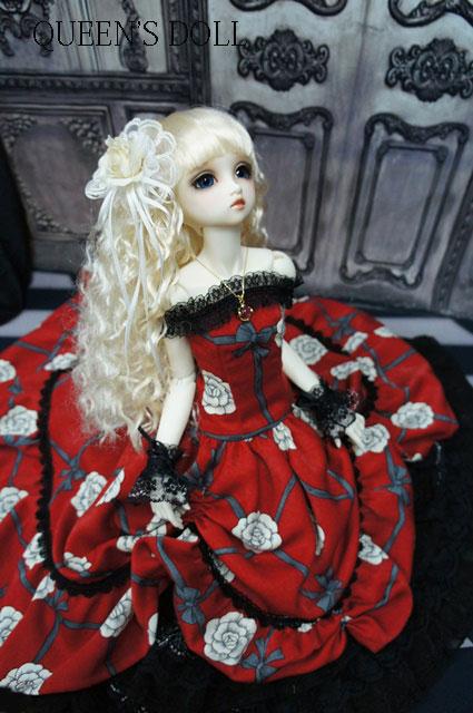 SDGrウナ 真紅ドレス2