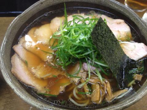 麺哲 薄切肉醤油