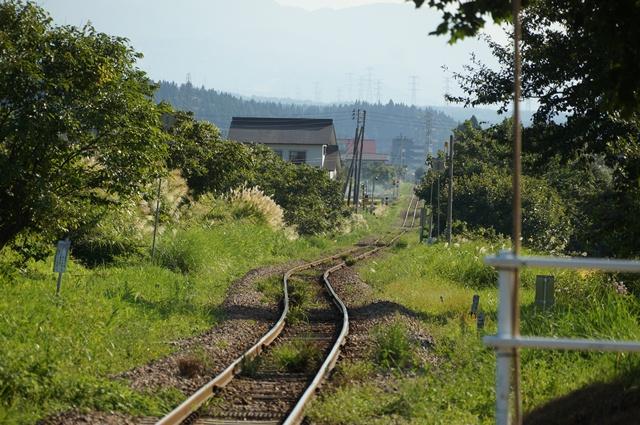 飯山線の枯れた線路にSLが戻ってくる