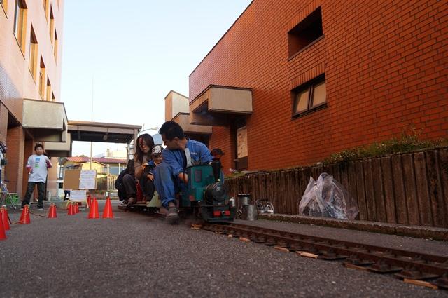 飯山線SL復活を祝うミニSL、発車