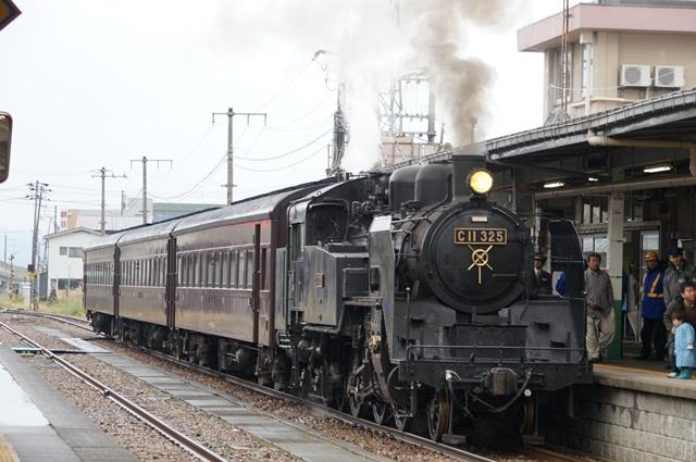 十日町駅に着いたSL信濃川ロマン号