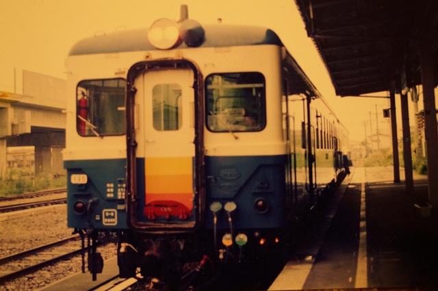 '90年代半ばの十日町駅とキハ52 135号機