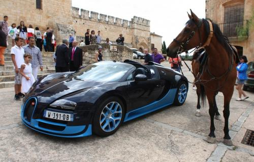 Bugatti Veyron GrandSport Vitesse  20120722-A2