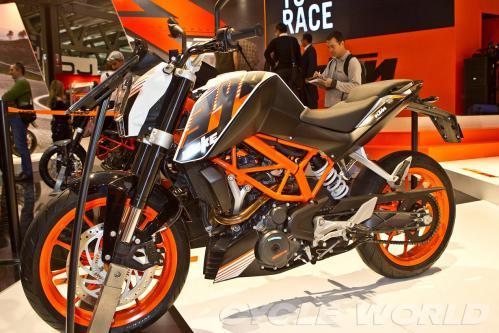 KTM 390 Duke 2013  20121127-A2