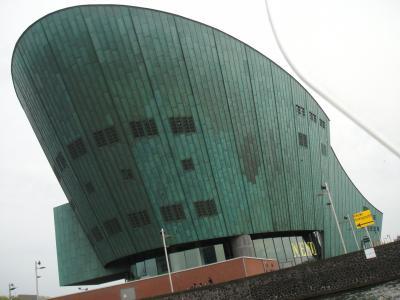 オランダ Amsterdam  科学技術センター