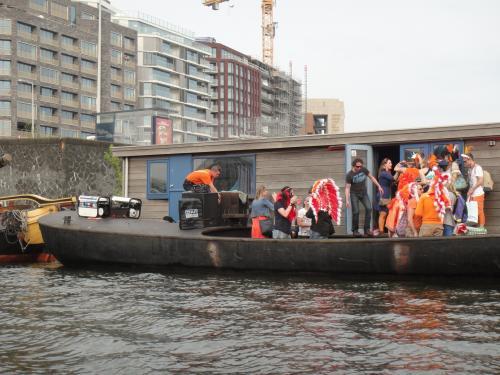 オランダ Amsterdam 女王の日
