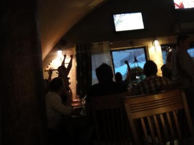 06 2012 河川敷のレストラン