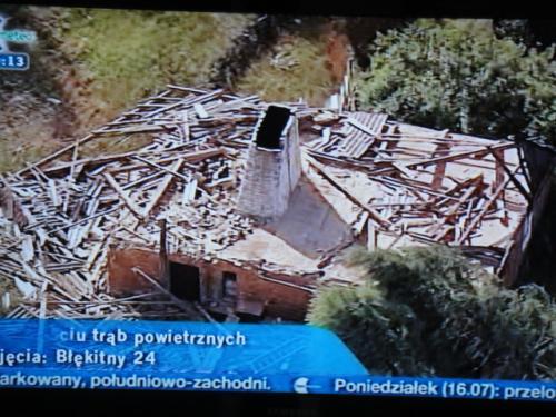 14 07 2012 竜巻の後の写真