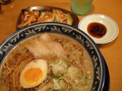 09 2012   たまにはラーメン (日本)