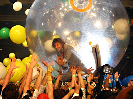 flaming-lips-on-nye.jpeg