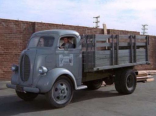 1938_Ford_COE_20121106110146.jpg