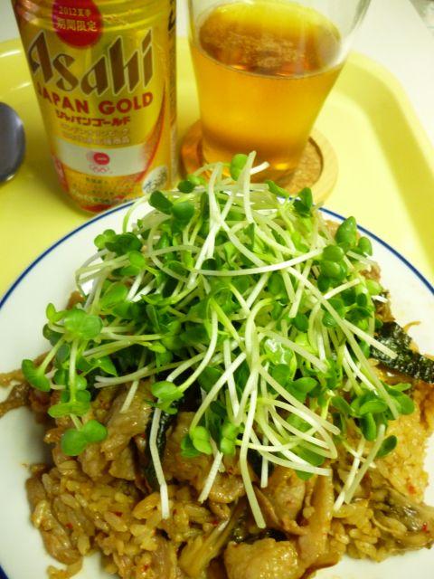 キムチ炒飯とビール