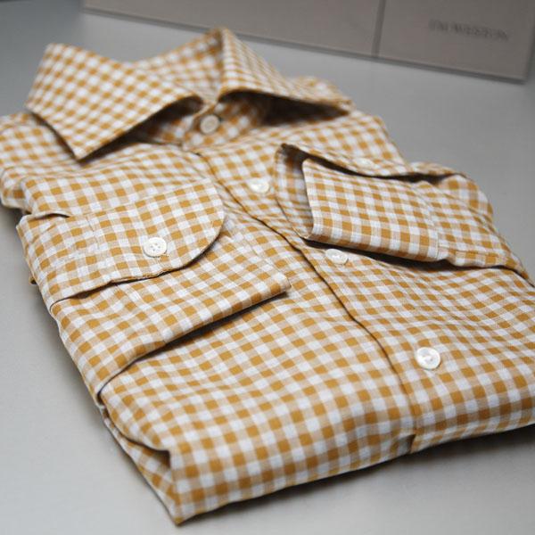 オレンジチェックシャツのコーディネート | Errico Formicola