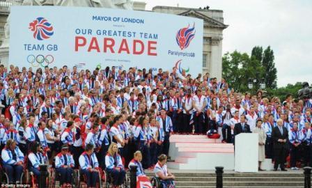 オリンピック パラリンピック パレード