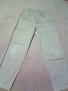 膝の出たパンツ→カーゴパンツ(100cm)1