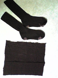 靴下を接いで履く1