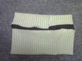 セーターの袖でネックウォーマー_07