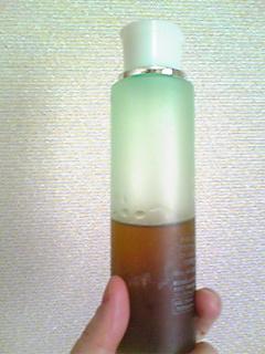 黒砂糖入り化粧水