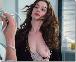 anne-hathaway-in-love-and-other-drugs-1 (3)