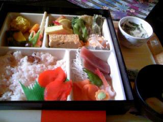 北海道名物・甘納豆のお赤飯ですよー☆
