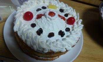 DK堂ケーキ 作ったけど…。