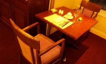 帝国ホテル バイキングの席