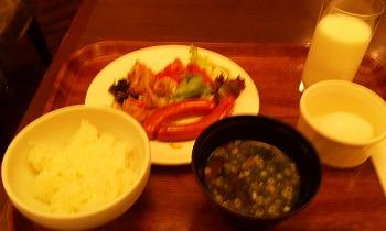 お茶の水ホテル バイキング朝食