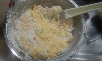 バウンドケーキ 粉と切るように混ぜる