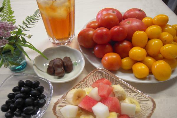 アイスティー とフルーツ フルーツトマト