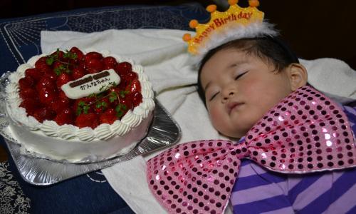 カンナちゃんとケーキ