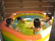 お友達とプール 女子