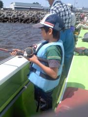 息子初釣り 1
