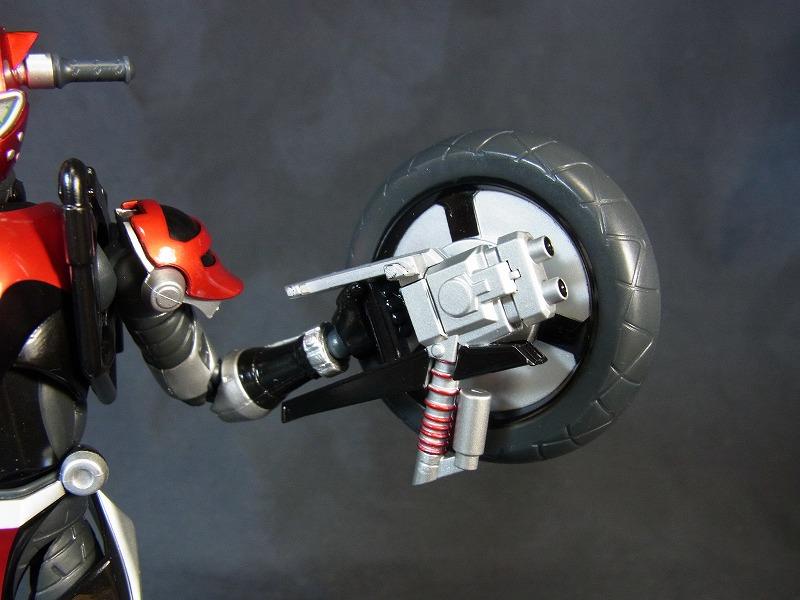 タイヤ武器