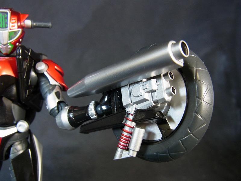 タイヤ武器2