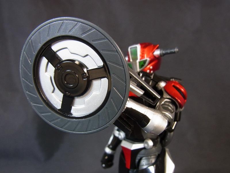 タイヤ武器3