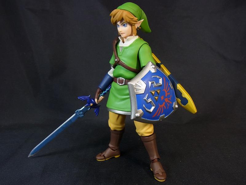 剣と盾を装備