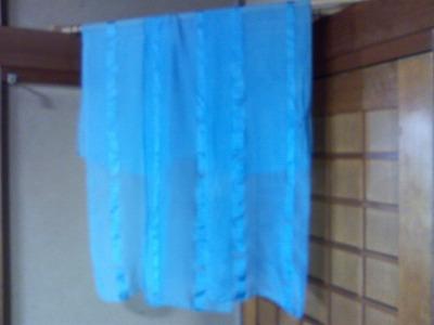 藍の生葉染めのストール