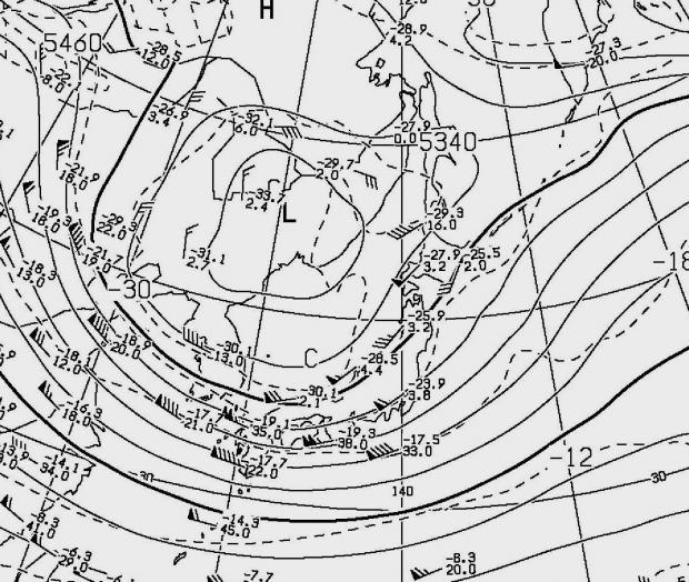 2012年11月13日21時の500hPa高度と気温