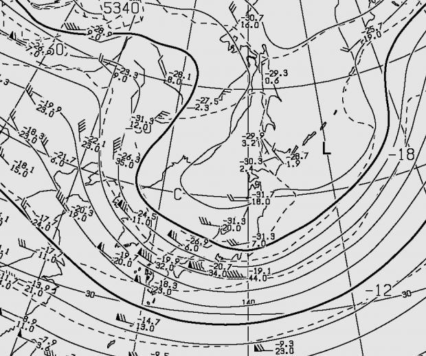 2012年11月14日21時の500hPa高度と気温