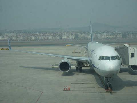 周水子国際空港窓の外