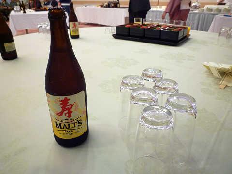 懇親会ビール(モルツ)