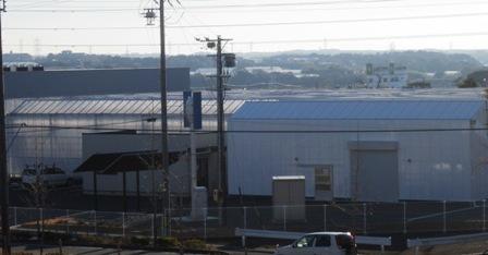 植物工場 (2)