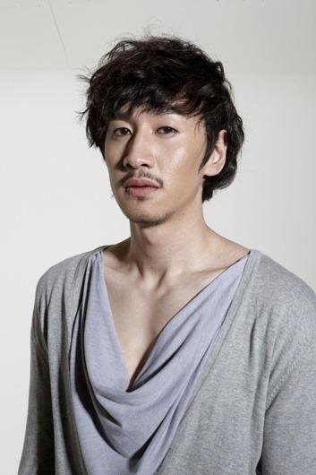 600full-kwang-soo1.jpg
