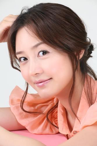 600full-yu--ri-sung2.jpg
