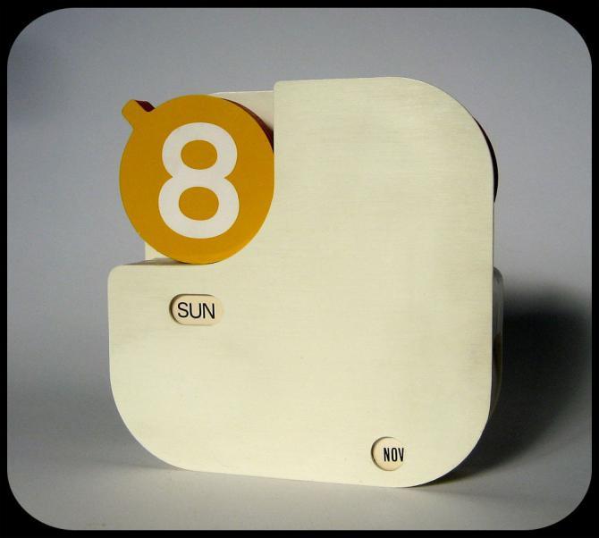70s perpetual calendar
