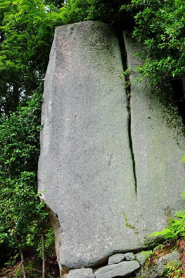 高森山の奇岩